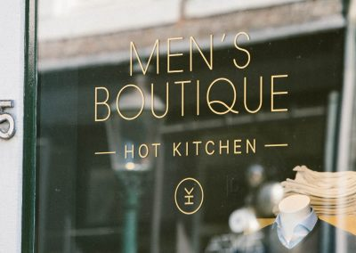 MEN'S BOUTIQUE HOT KITCHEN